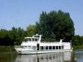 Rondvaartboot op de Linge